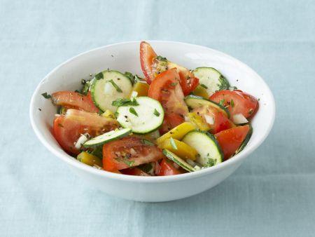 Bunter Zucchinisalat