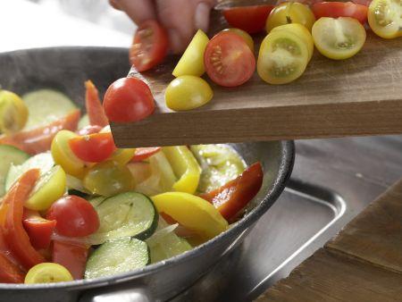 Bunte Gemüsepfanne: Zubereitungsschritt 10