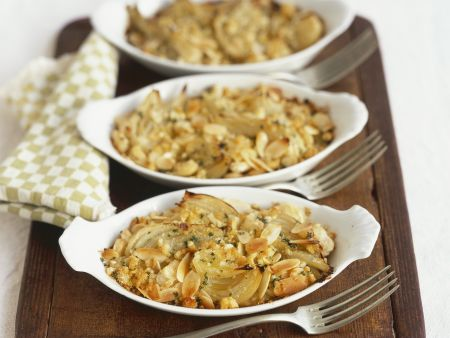 Butterbohnen-Fenchel-Auflauf mit Mandeln