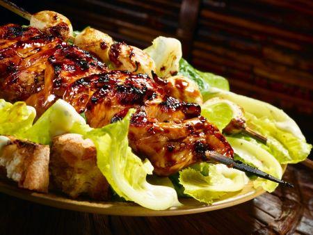 caesar salad mit h hnchen vom grill rezept eat smarter. Black Bedroom Furniture Sets. Home Design Ideas