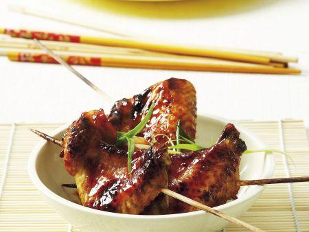 Chicken Wings auf asiatische Art mariniert