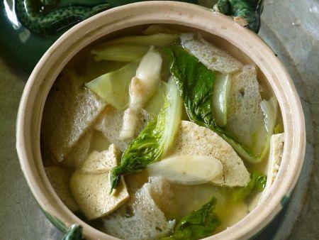 Chinesische Pilz-Tofusuppe