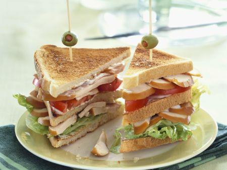 Clubsandwich mit Hähnchenfilet