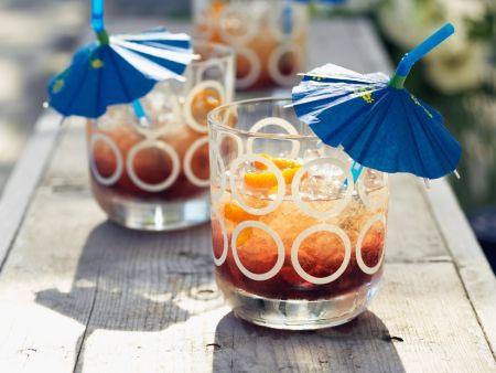 Cocktail mit Whiskey und Brandy