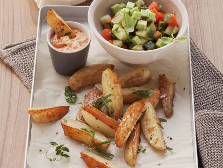 Country Potatoes mit Gemüsesalat