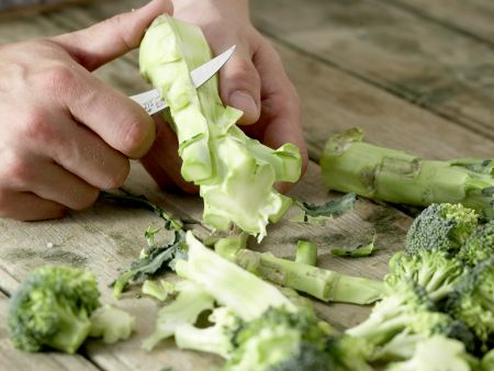 Couscous-Gemüse-Pfanne: Zubereitungsschritt 1