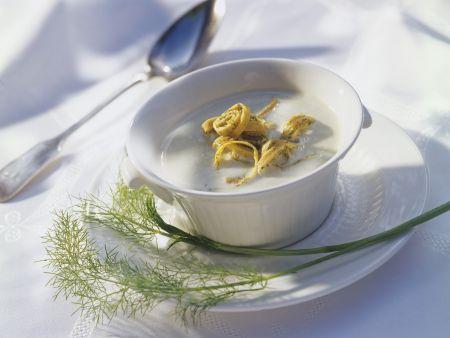 Cremige Fenchelsuppe mit Pfannkuchen