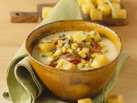 Cremige Maissuppe mit Polentacroutons