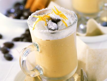 Cremiger Orangen-Eiskaffee