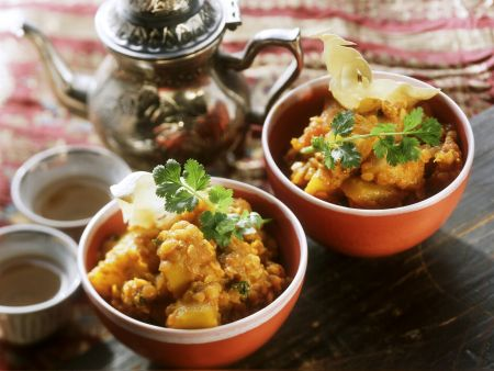 Curry mit roten Linsen und Kartoffeln