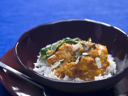Curry mit Truthahn und Reisbeilage