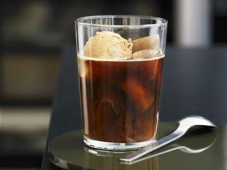 Eiskaffee mit Kaffeeeis