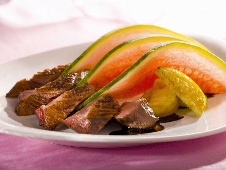 Entenbrust mit Melone, Apfel und Branntwein aus der Normandie (Calvados)
