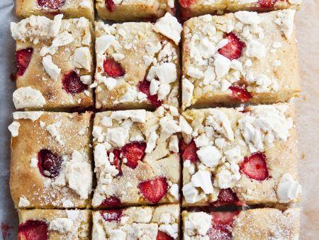 Erdbeer-Baiser-Kuchen nach englischer Art