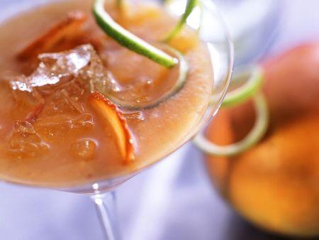 Erdbeer-Mango-Drink