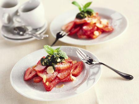 Erdbeeren mit süßem Pesto