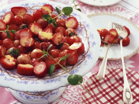 Erdbeersalat mit Vanillesoße