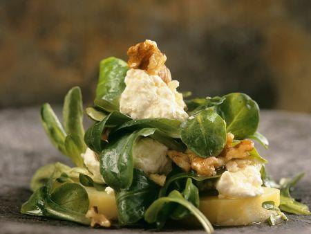 Feldsalat mit Walnüssen und Feta
