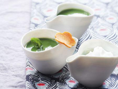 Feldsalat-Gemüse-Suppe