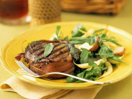 Filet Mignon mit Rohschinken und Salatgarnitur