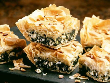 Filo-Kuchen mit Spinat und Käse
