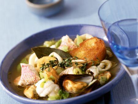 Fischsuppe auf mediterrane Art