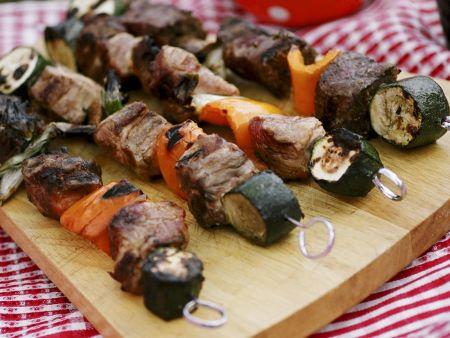 Fleisch-Gemüse-Spieße vom Grill