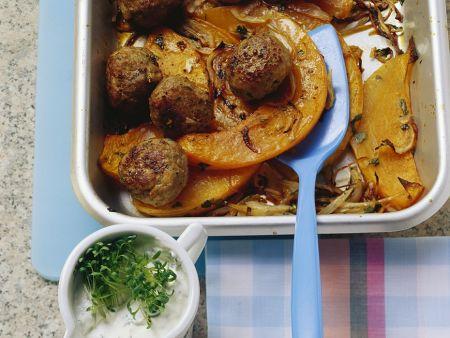 Fleischbällchen mit Kürbis im Ofen gebacken
