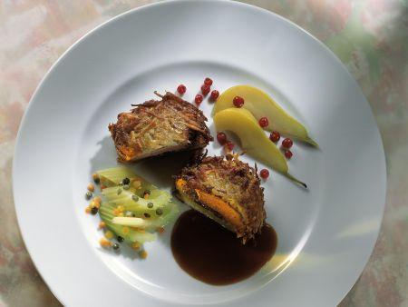 Frischlingsmedaillon mit Kartoffelmantel, Sellerie und Linsen