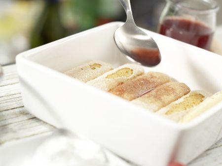 Fruchtige Quark-Himbeer-Creme Rezept   EAT SMARTER