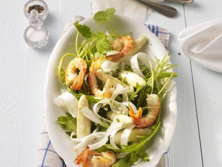 Rezept: Weißer Spargelsalat mit Garnelen