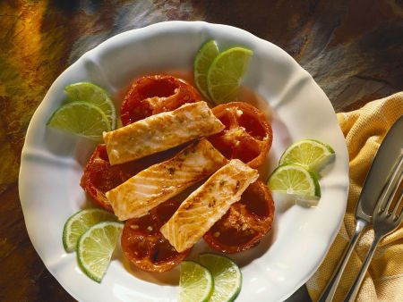Gebackene Tomaten mit Lachs