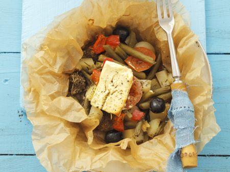 Gebackenes Lamm mit Gemüse und Feta