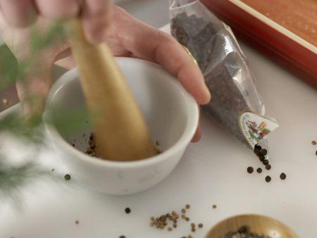 Gebeizte Lachsforelle: Zubereitungsschritt 4