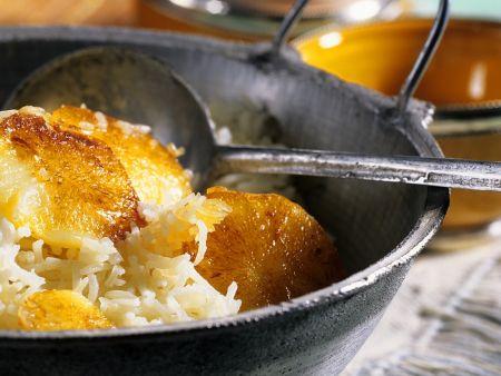 Gebratene Kartoffeln mit Reis
