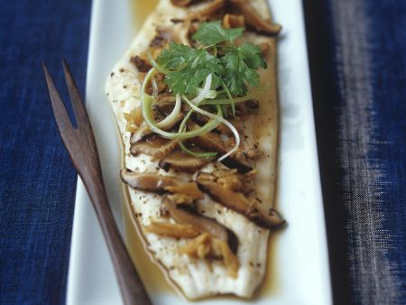 Gedämpftes Fischfilet mit Shiitake