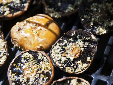 Gegrillte Pilze