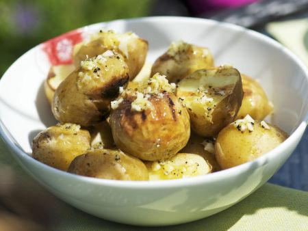 Gegrillte Zitronen-Kartoffeln