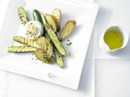 Gegrillte Zucchini und Kartoffeln