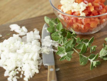Gegrillte Zucchini mit Topping: Zubereitungsschritt 5