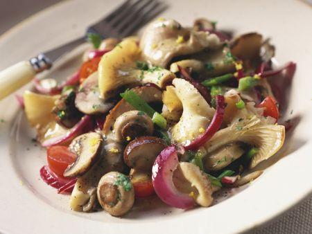 Gemischter Pilzsalat
