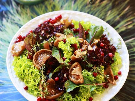 Gemischter Salat mit Pilzen