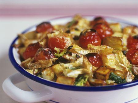 Gemüse-Kartoffelauflauf mit Camembert