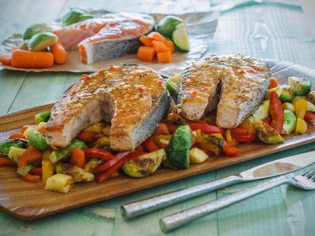 Gemüse mit Lachskoteletts