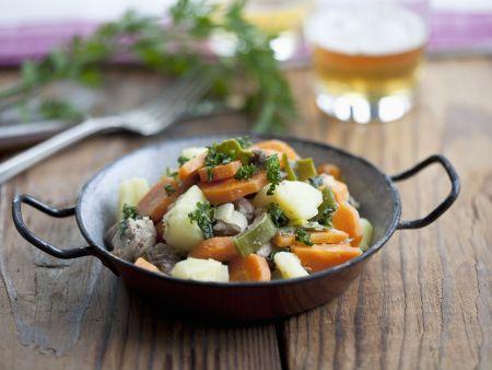 Gemüse-Rindfleisch-Eintopf (Pichelsteiner)