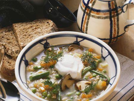 Gemüse-Steinpilz-Topf mit Perlgraupen