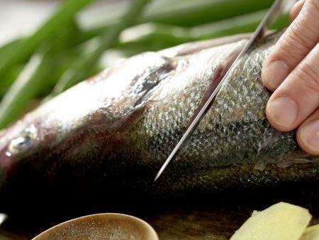 Geschmorter Fisch Shanghai: Zubereitungsschritt 4