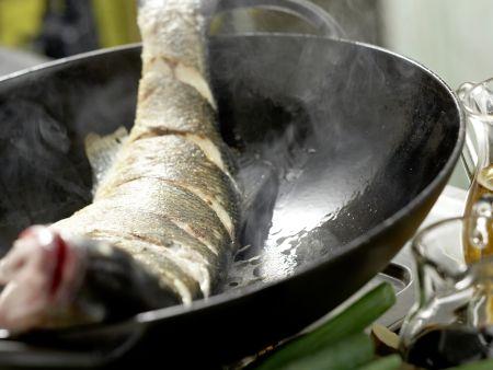 Geschmorter Fisch Shanghai: Zubereitungsschritt 5