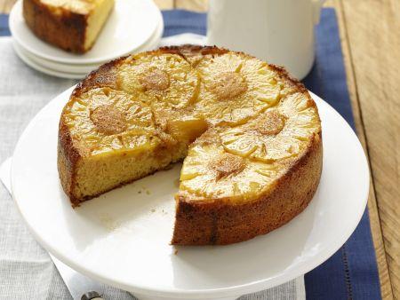 Gestürzter Ananaskuchen mit Honig