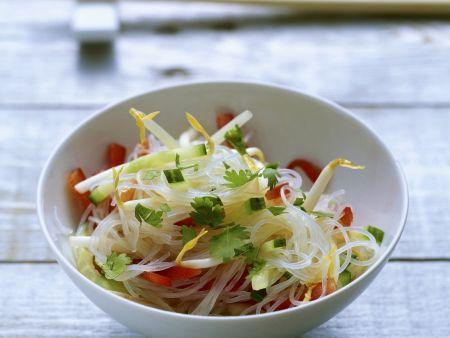 Glasnudel-Salat mit Sojasprossen